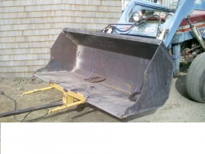 Bucket with Hay Speer Attachment