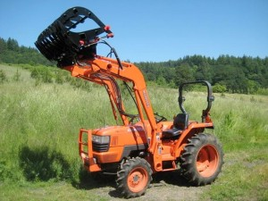 Cats Claw manufactured by Ellis Fab and Design LLC on Kuboya Tractor